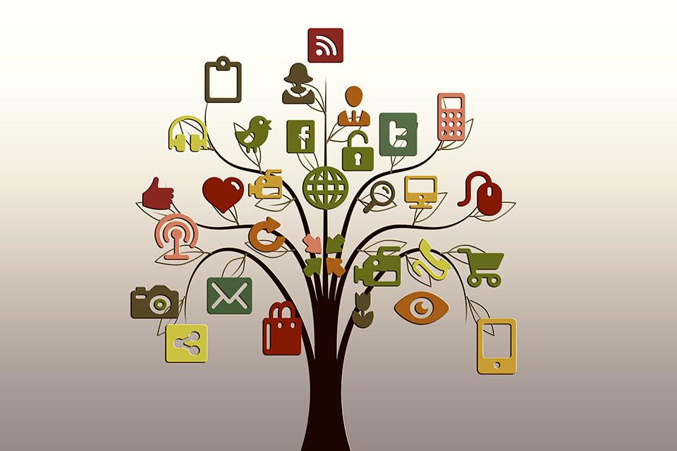 redes sociales academia idiomas madrid